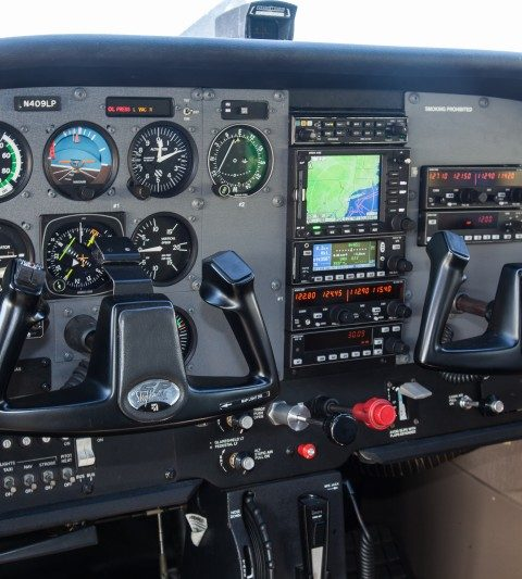 Introductory Flight Lesson In A 4-Seat Cessna 172