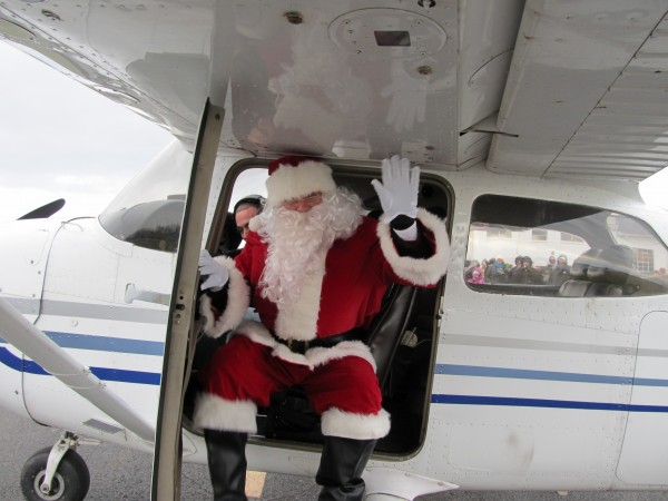 Santa Arrives At Solberg Saturday, November 26, 2016!