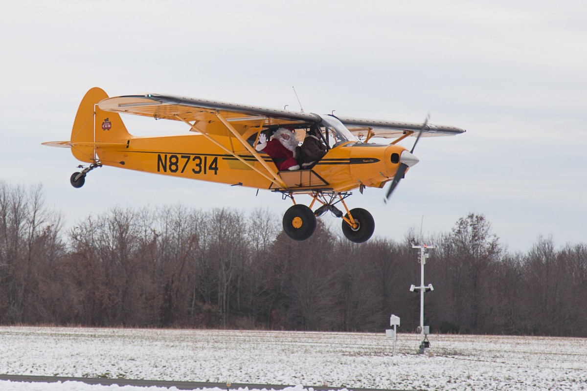 *RESCHEDULED* Santa Visits Solberg Airport — NOW SUNDAY, NOVEMBER 29, 2015 At 1:00PM
