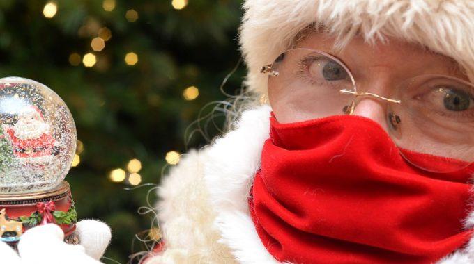 92da1f6780358ea965cc79bfde637a143a Santa Claus In Mask.rsquare.w1200